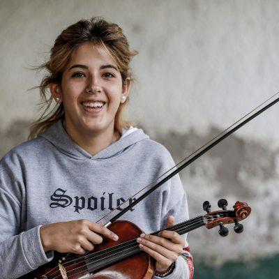 Fabiana: Als ich vor zehn Jahren herkam, wusste ich sofort, was ich werden will: Musik- und Geigenlehrerin. Ich hab´s geschafft, bin im Studium und habe hier schon ein paar Schüler. Wie mein Leben aussehen würde ohne das Projekt, darüber möchte ich gar nicht nachdenken.